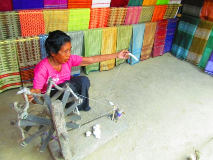Spinning cotton tool