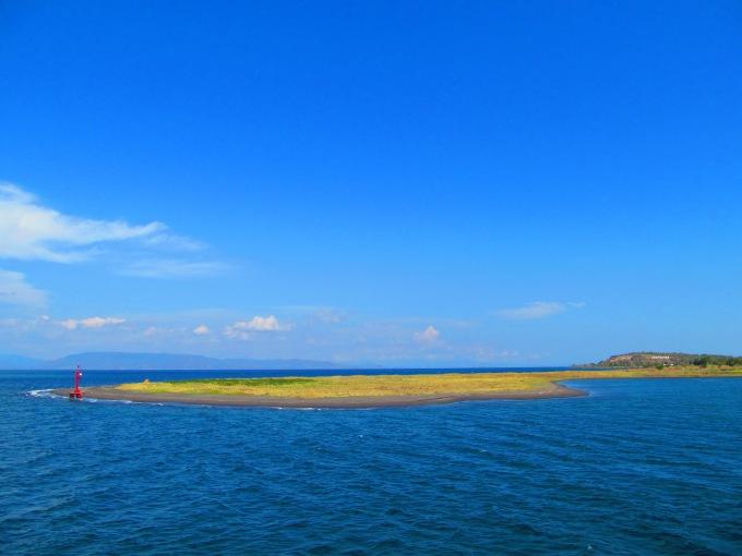 Small land at Kayangan Port